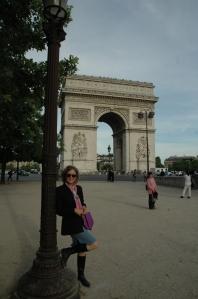 Sandy Hibbard Wright at the Arc de Triomphe in Paris