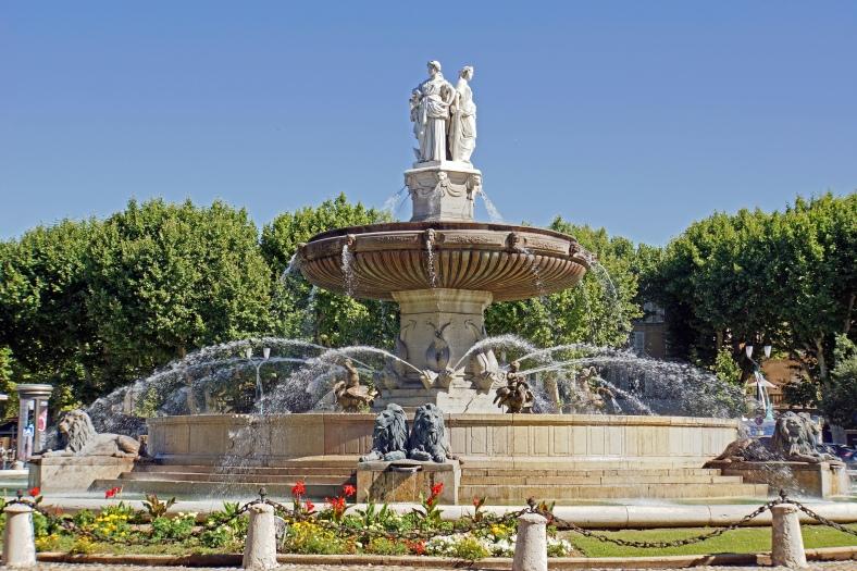 Aix-en-Provence, France #2sistersinparis