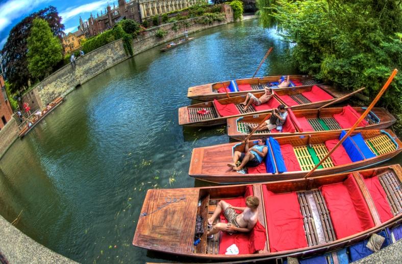 Cambridge, United Kingdom #2sistersinparis