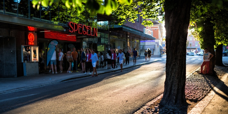 Uppsala, Sweden #2sistersinparis